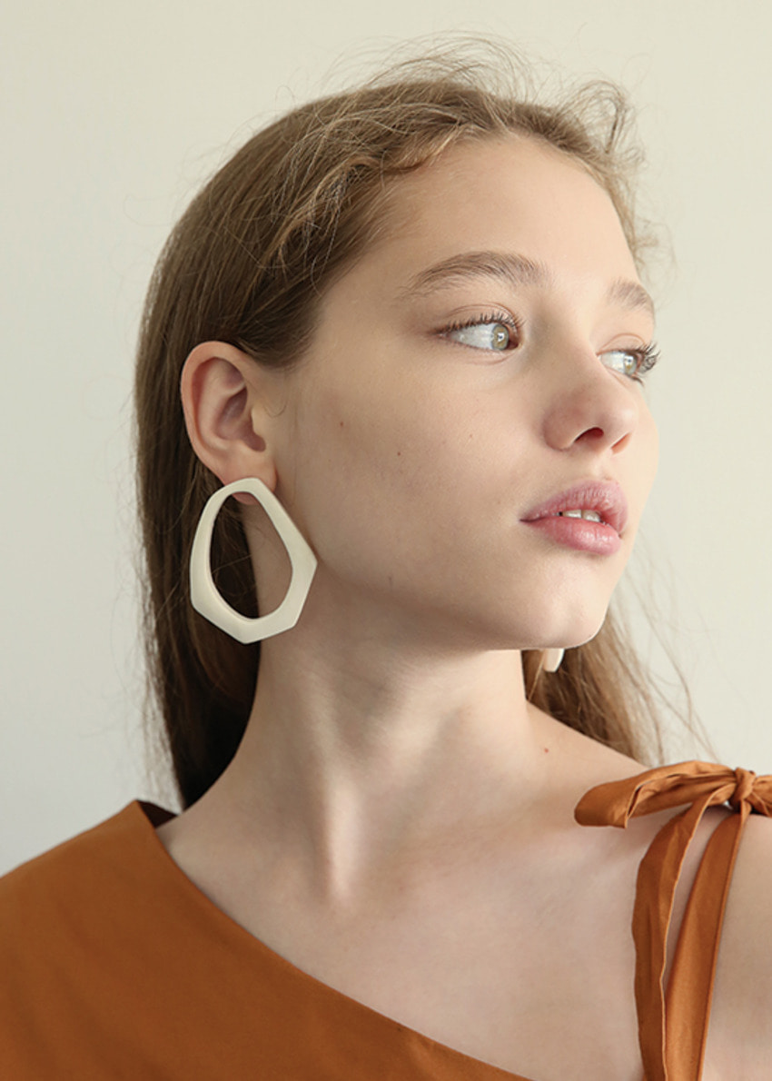 cream wood earring