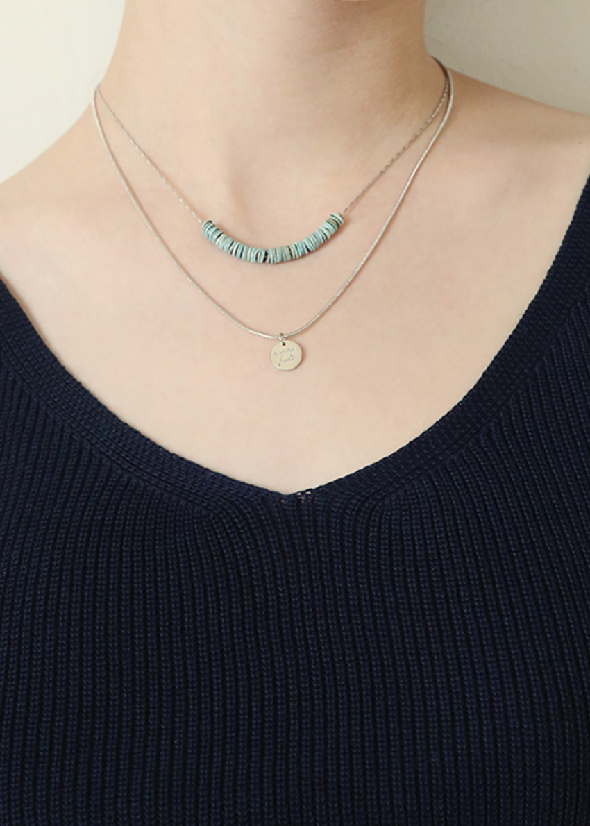 blue been necklace
